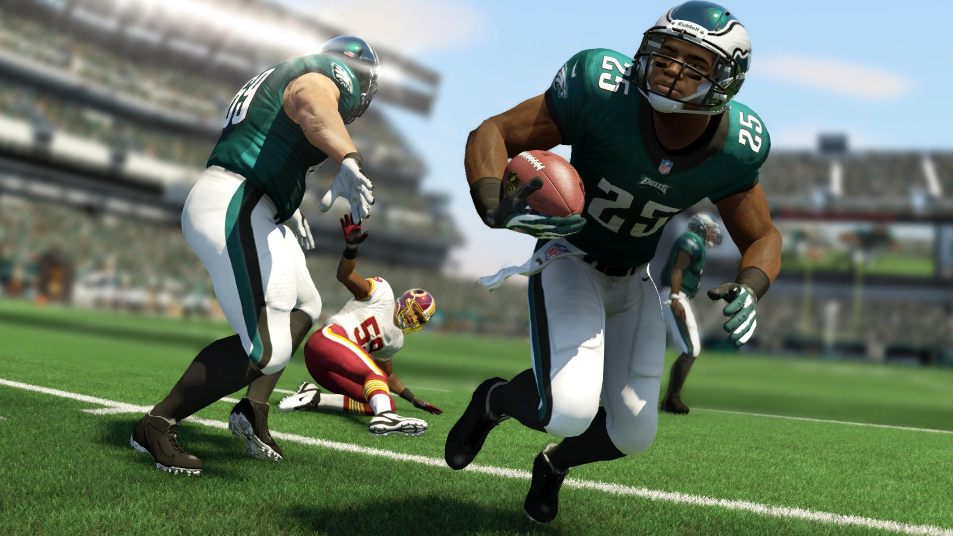 Mr. Suitcase in Madden NFL 25 (Xbox One)